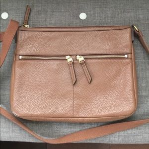 NWOT Fossil Pebble Leather Crossbody
